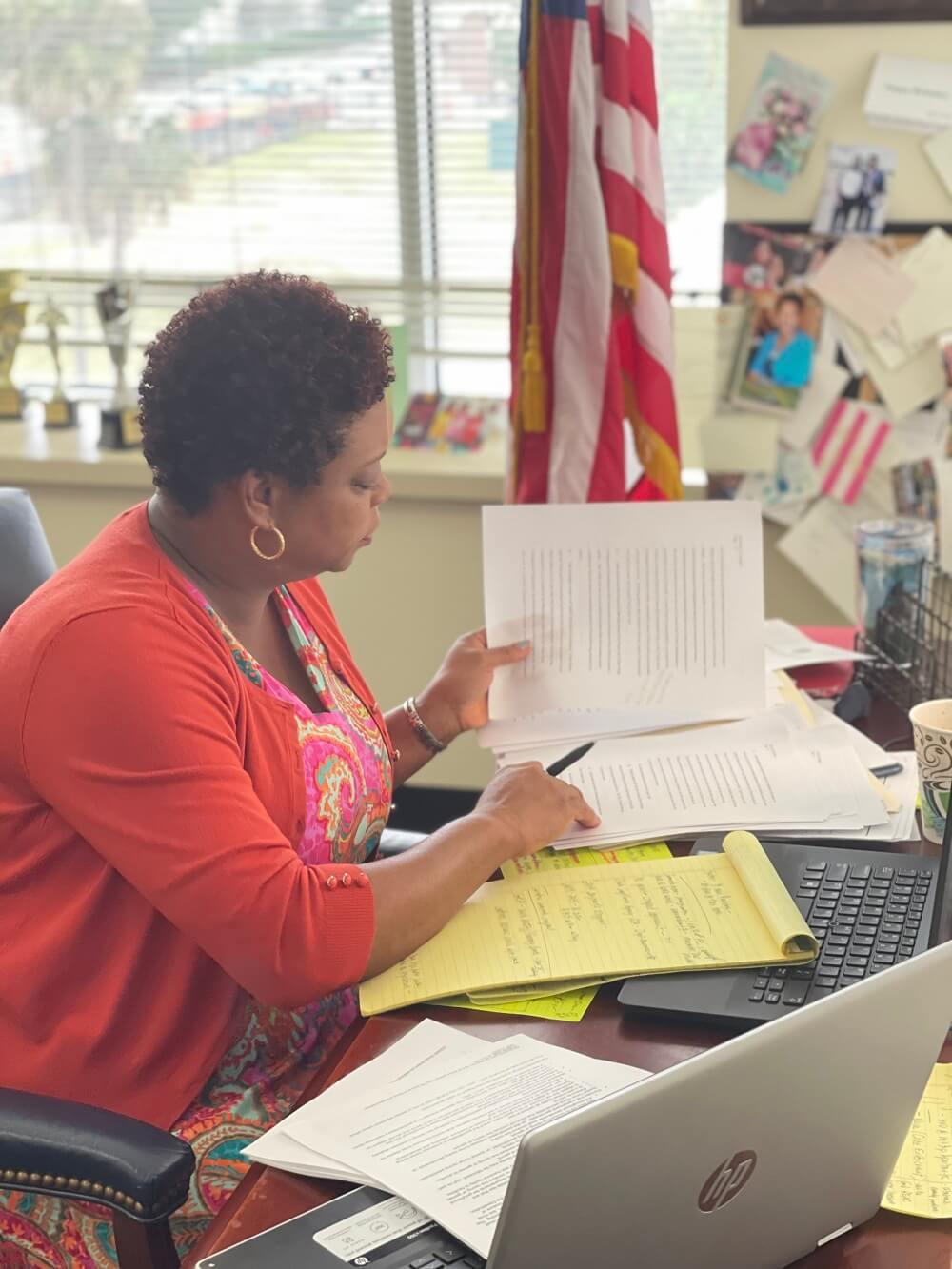 Tracie Davis for Florida State Senator hard at work!